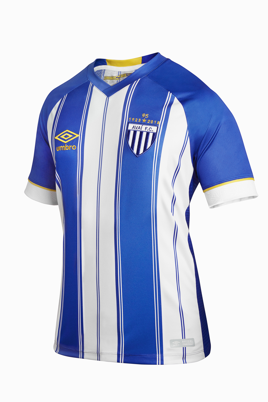 af9270bbf2 Os torcedores podem adquirir os uniformes nas lojas pelos preços sugeridos  de R  299