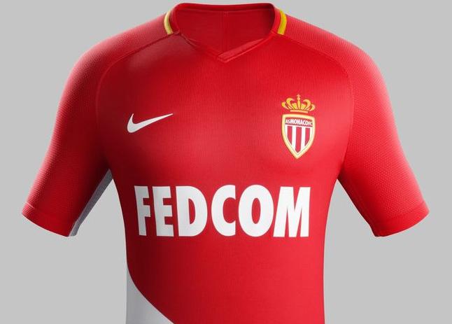 4ef4fde480 O uniforme começará a ser vendido neste sábado