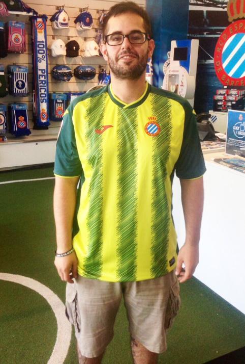 2f4c32a6b4d00 Espanyol lança novas camisas e é detonado pela própria torcida nas ...