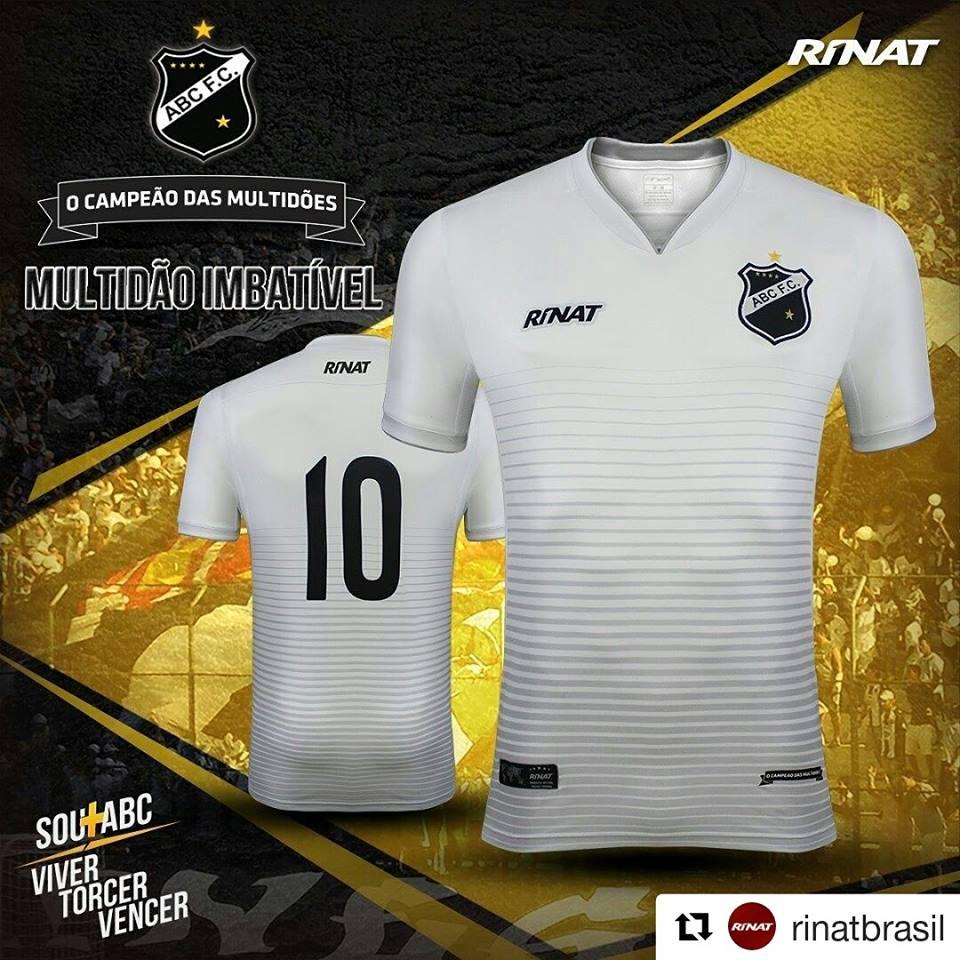 88559e731f489 Vendas de camisas do Palmeiras explodem após titulo  Jaílson vira ...