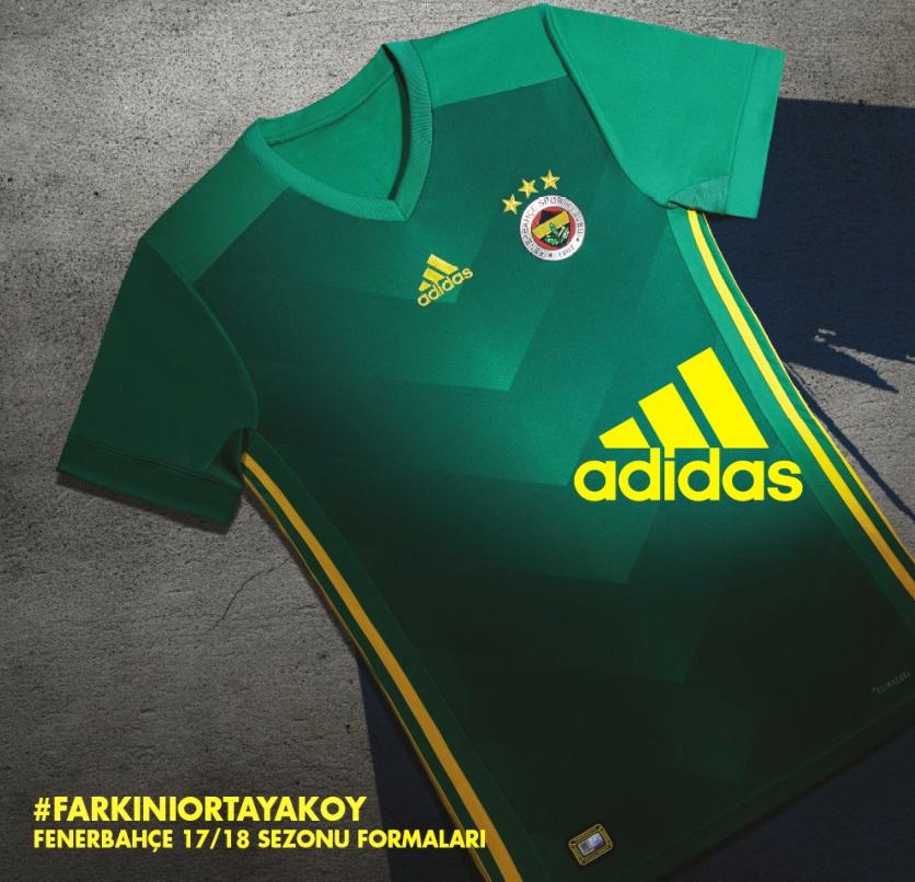 5d57085b68 As novas camisas já estão à venda na loja oficial do Fenerbahce na internet.