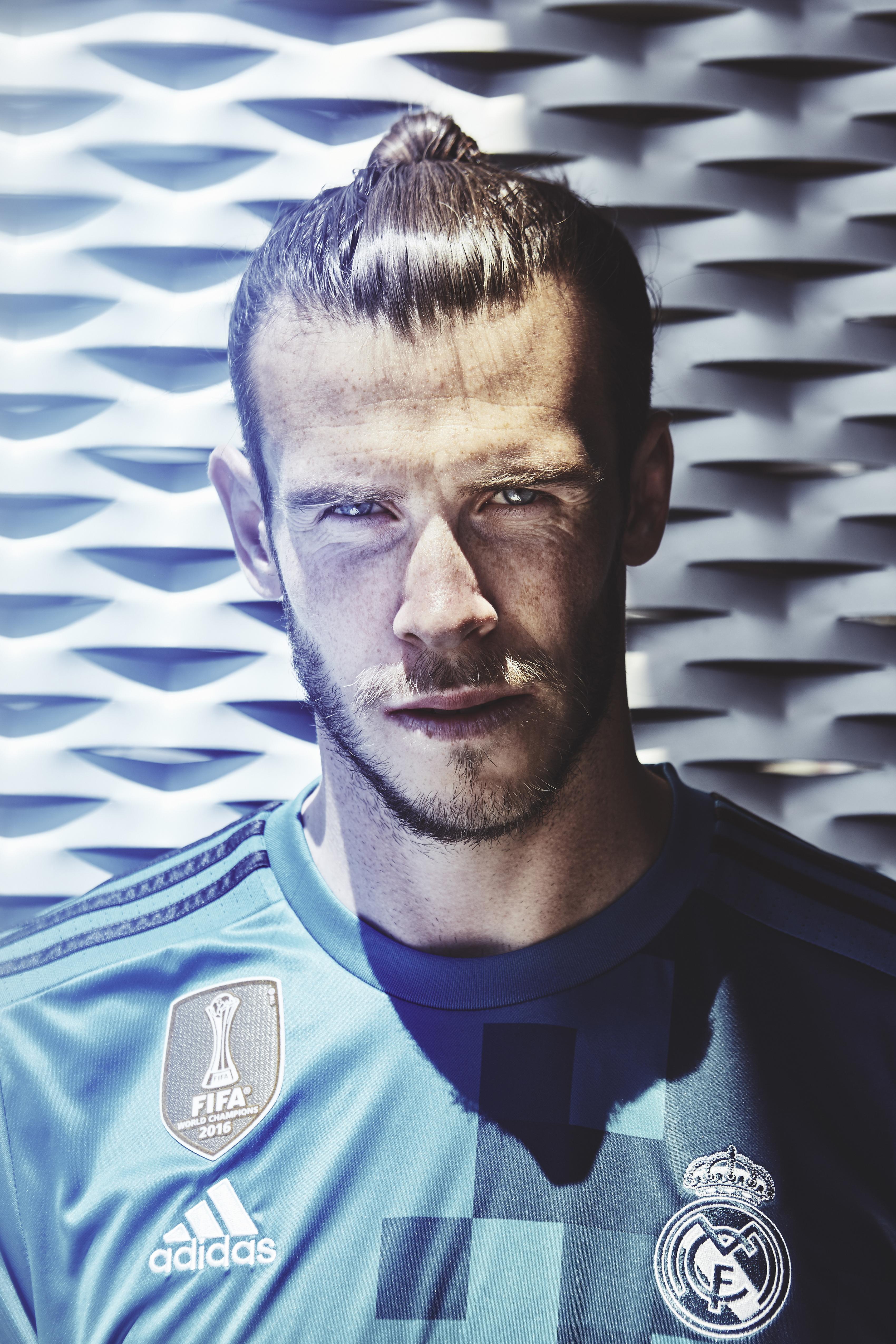 A peça já está à venda na loja do Real Madrid e no site da Adidas. 8e533fdb134f4