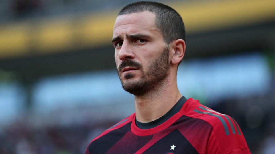 Bonucci: 23º no Fifa 18, com 88 pontos; 35º maior valor no Transfermarkt, 45 milhões de euros