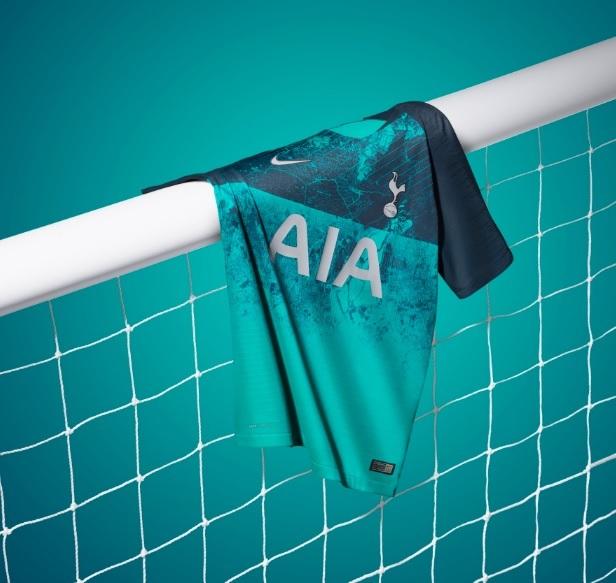 Tottenham Nova Camisa 3 Homenageia Cervejaria Demolida Blogs Espn