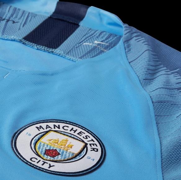 e320a9e4c5 Manchester City apresenta nova camisa 1 para a próxima temporada | Blogs -  ESPN
