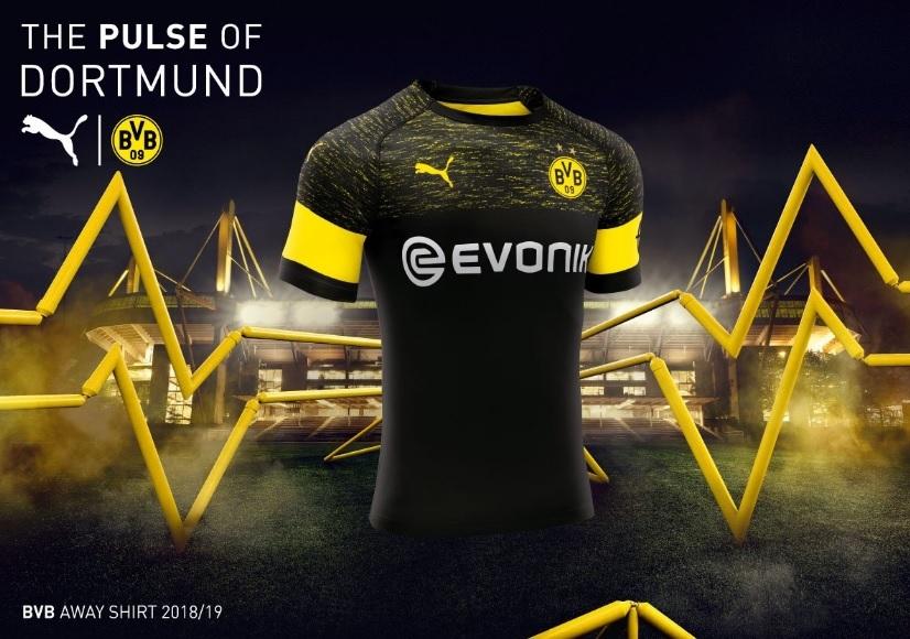 O Borussia Dortmund apresentou nesta quinta-feira sua nova camisa 2. Ela  mistura preto e amarelo na parte superior eda0f7c70b54b