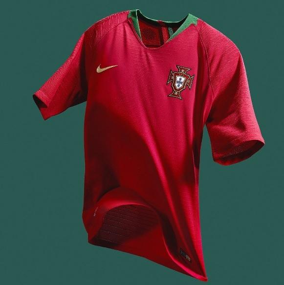 e12593711e Portugal apresenta novas camisas 1 e 2 para a Copa do Mundo com ...