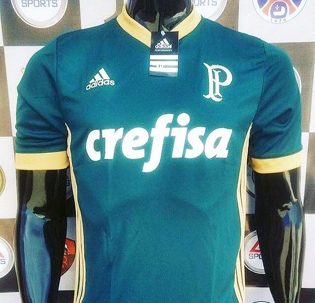 157562838b3e9 Nova camisa 3 do Palmeiras é verde com detalhes dourados e tem ...