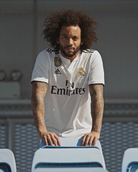 Real Madrid apresenta novas camisas 1 e 2 para a próxima temporada ... 5310e9c240a9b