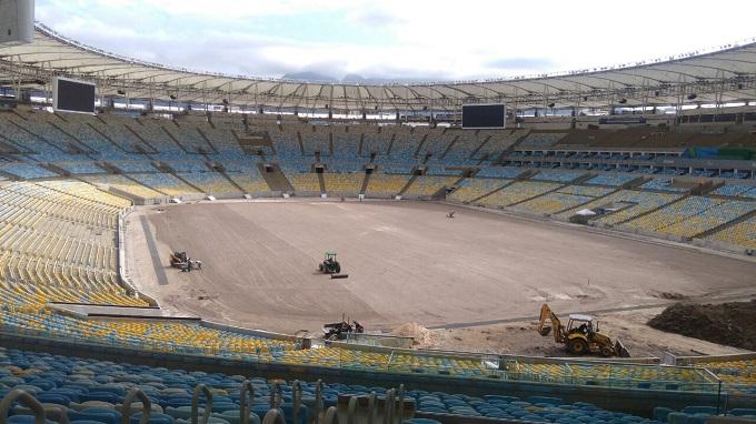 O campo de jogo está preparado para recebimento da grama e no dia 20 de outubro poderá ter futebol