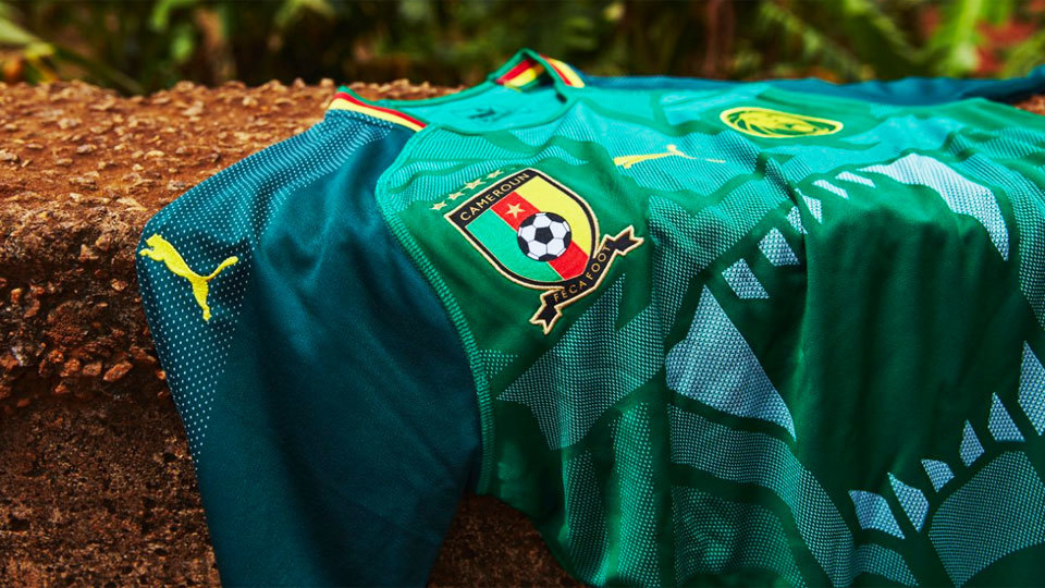 cc82c8da05 Camarões apresenta uma das camisas de futebol mais inovadoras de ...