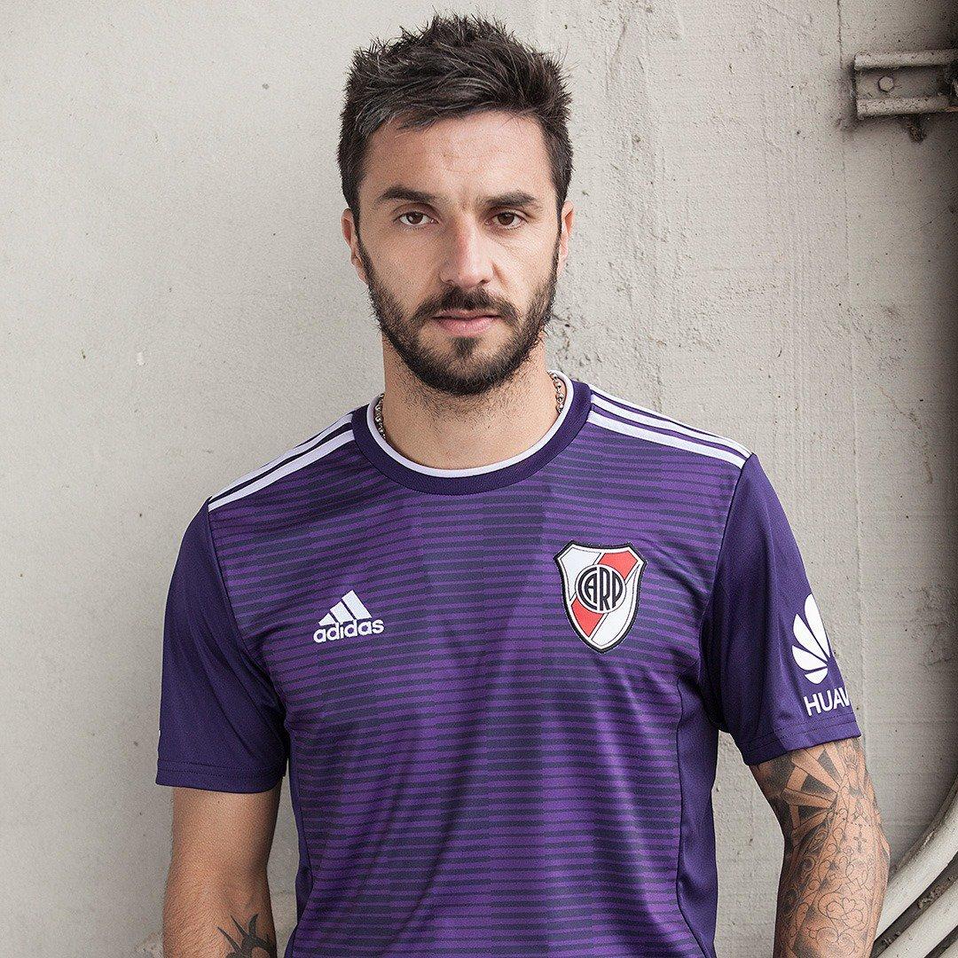 River Plate ousa e lança nova camisa 2 violeta  9b6d6c04f352d