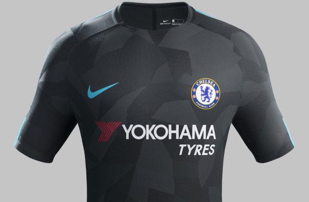 a181b845150b4 A do Chelsea é inteira preta com detalhes em azul claro.