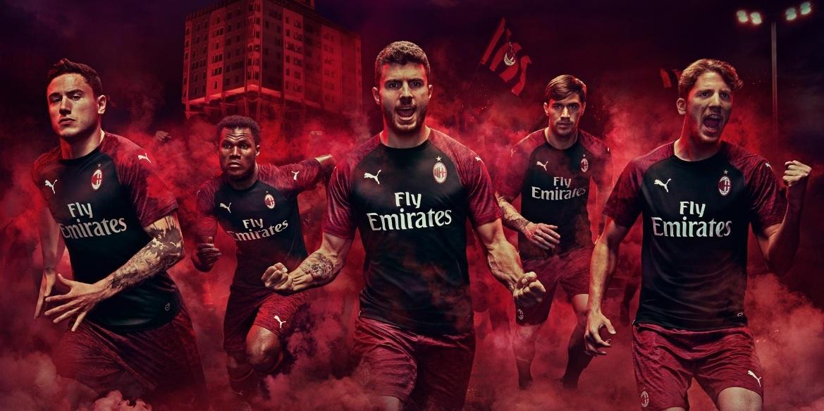 O Milan apresentou nesta sexta-feira sua nova camisa 3. b55c3d5b7e837