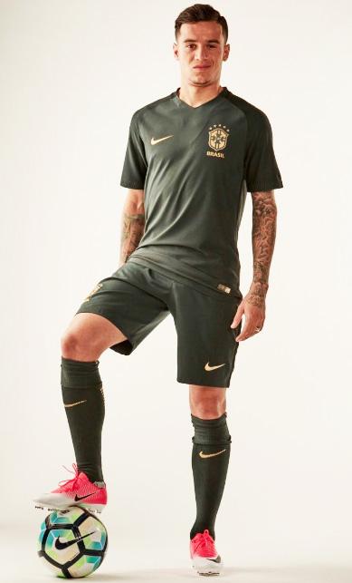 Philippe Coutinho Nova Camisa 3 Seleção Brasileira Nike ... 5cc0ee16fd9c5