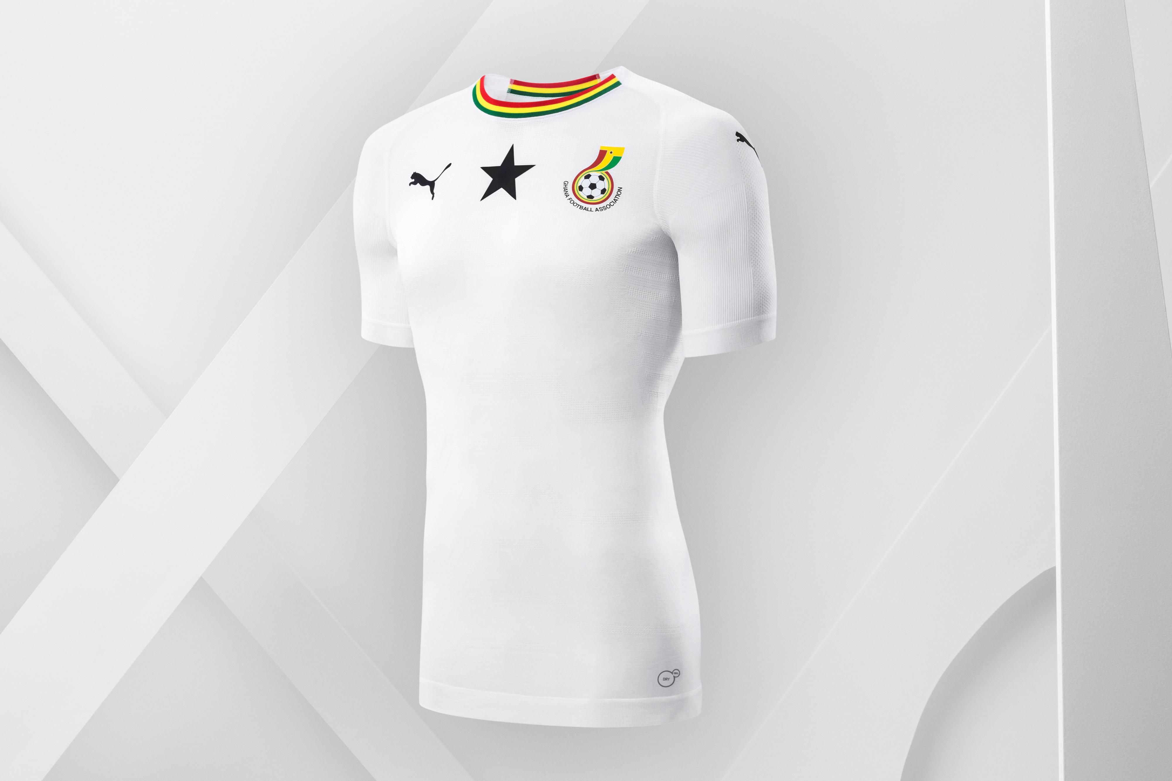 Nova camisa 3 do Avaí homenageia 95 anos de história do clube ... 4313ce35cc6ef