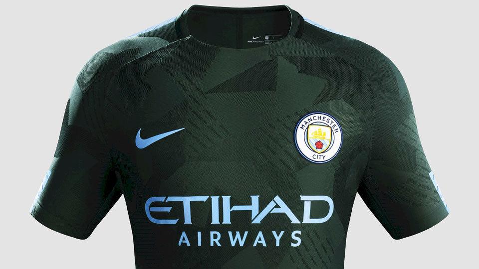 85ff9f3e0332d As novas camisas já estão à venda nas lojas oficiais de cada clube.
