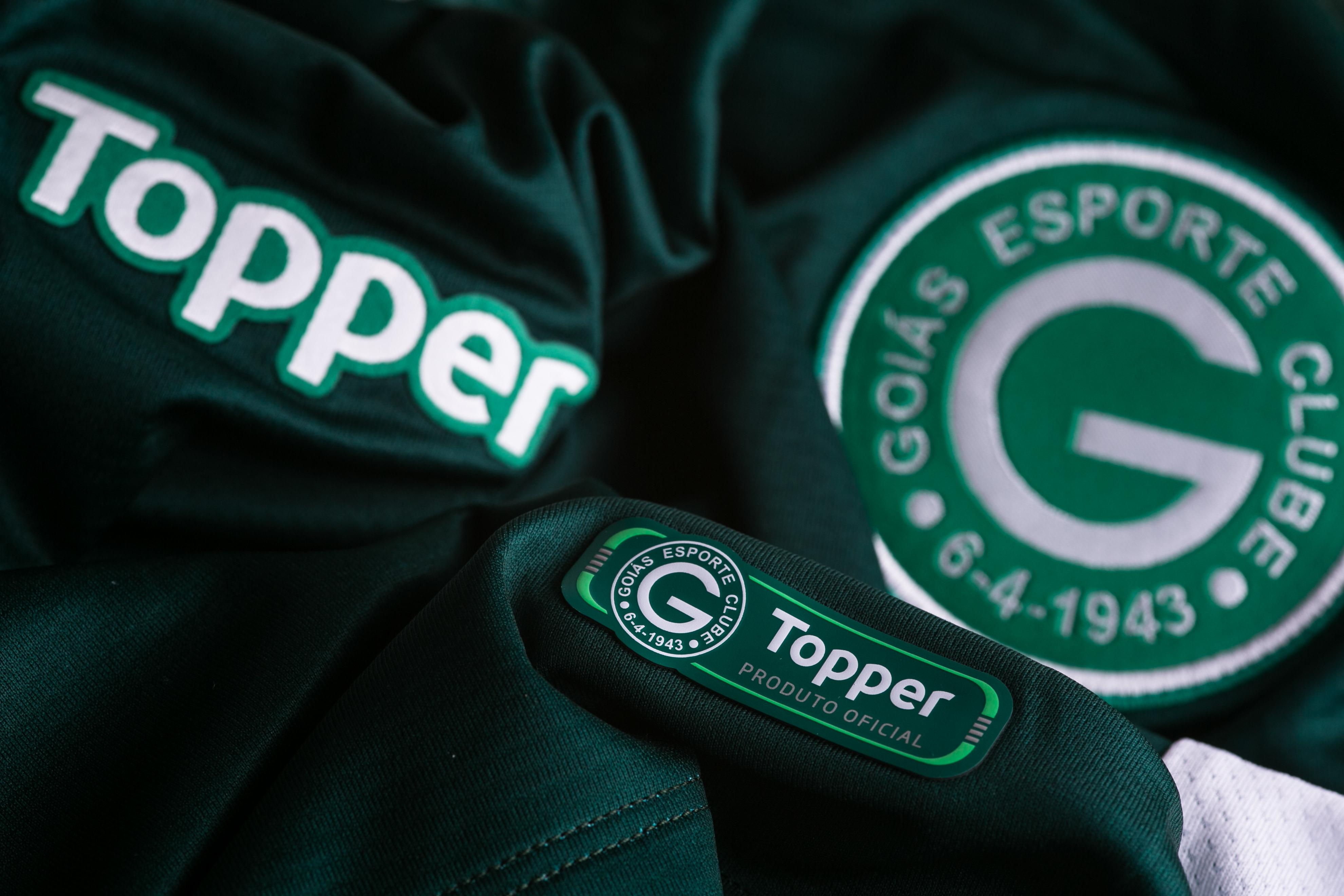 84db58112f O Goiás e a Topper apresentaram a coleção 2018 19 do clube esmeraldino