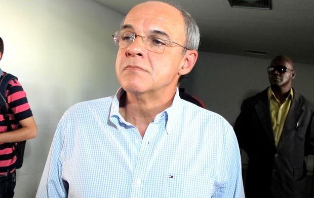 Eliminação cara no Flamengo  Bandeira sofre derrota ao buscar ... 89148cf22b008