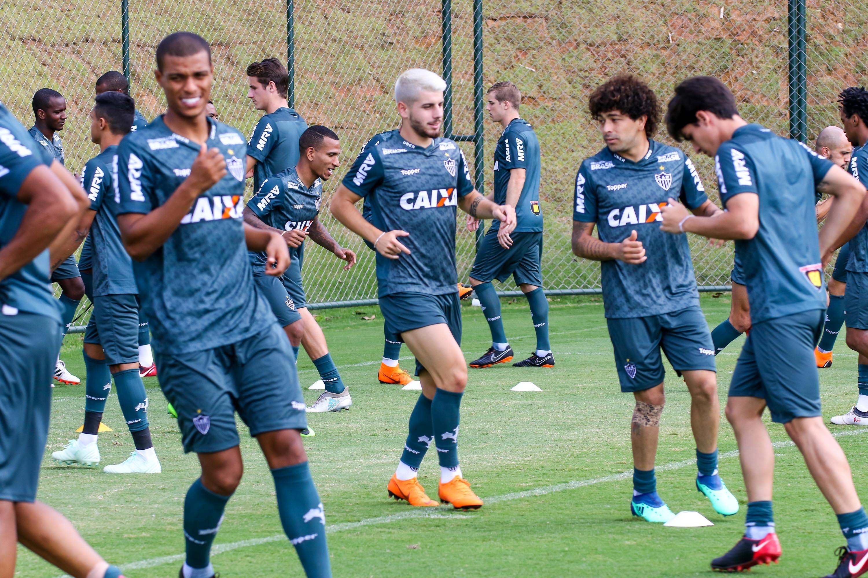 Jogadores do Atlético-MG durante treinamento da equipe no dia 14 de abril 7e42af64709ff