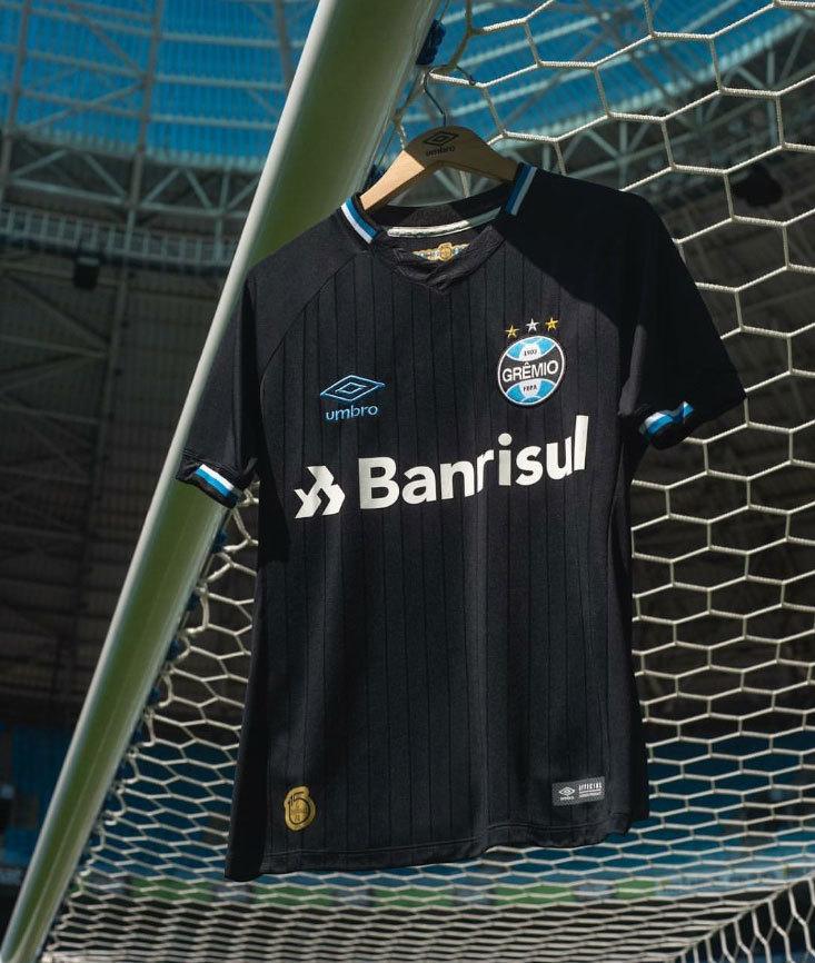 ea8082b550394 Grêmio capricha em nova camisa 3 preta