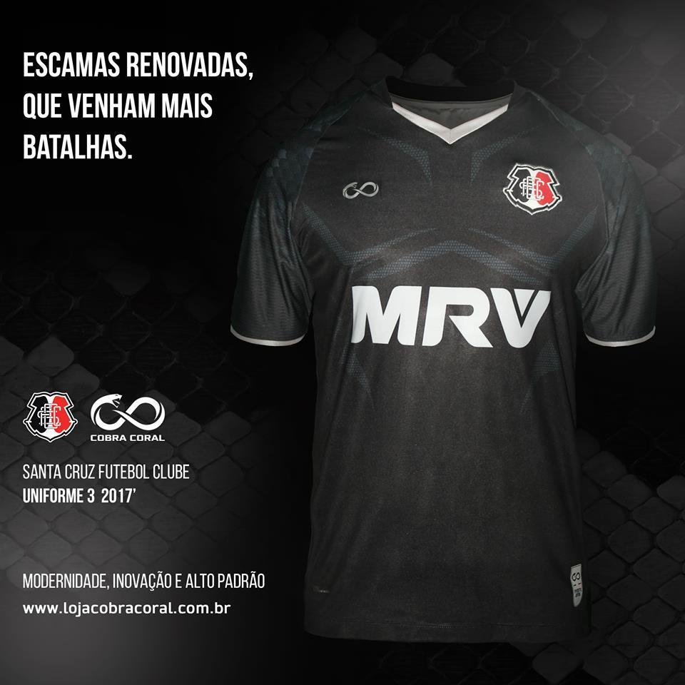ac46243374 Vale lembrar que o Santa Cruz fabrica seus próprios uniformes desde  fevereiro deste ano