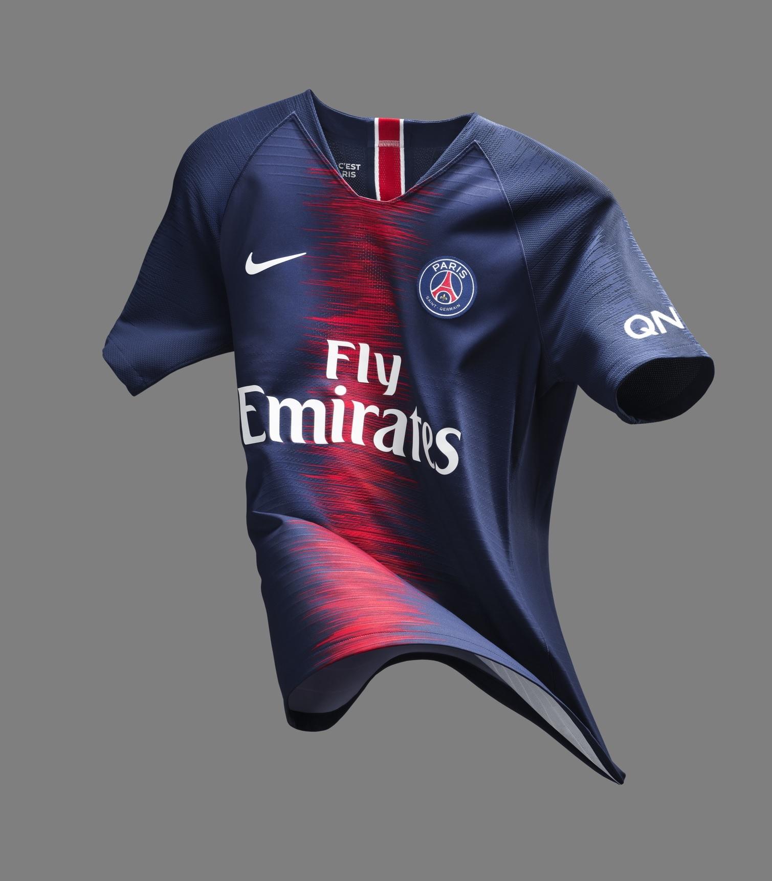 be14250362 Com Neymar de modelo, PSG lança nova camisa 1 para a próxima ...