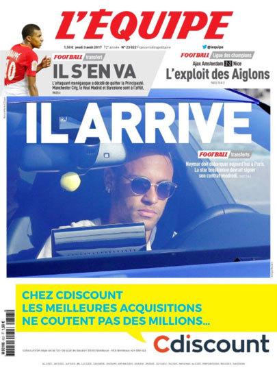"""O jornal francês L'équipe: """"Ele chega"""" na manchete principal. Logo em cima, """"Ele se vai"""", em referência ao Mbappé"""