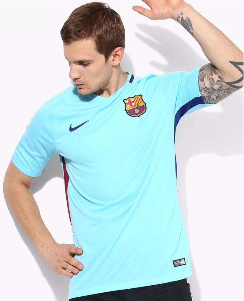 Nova camisa 2 do Barcelona será azul turquesa  1e19cf9c5f064