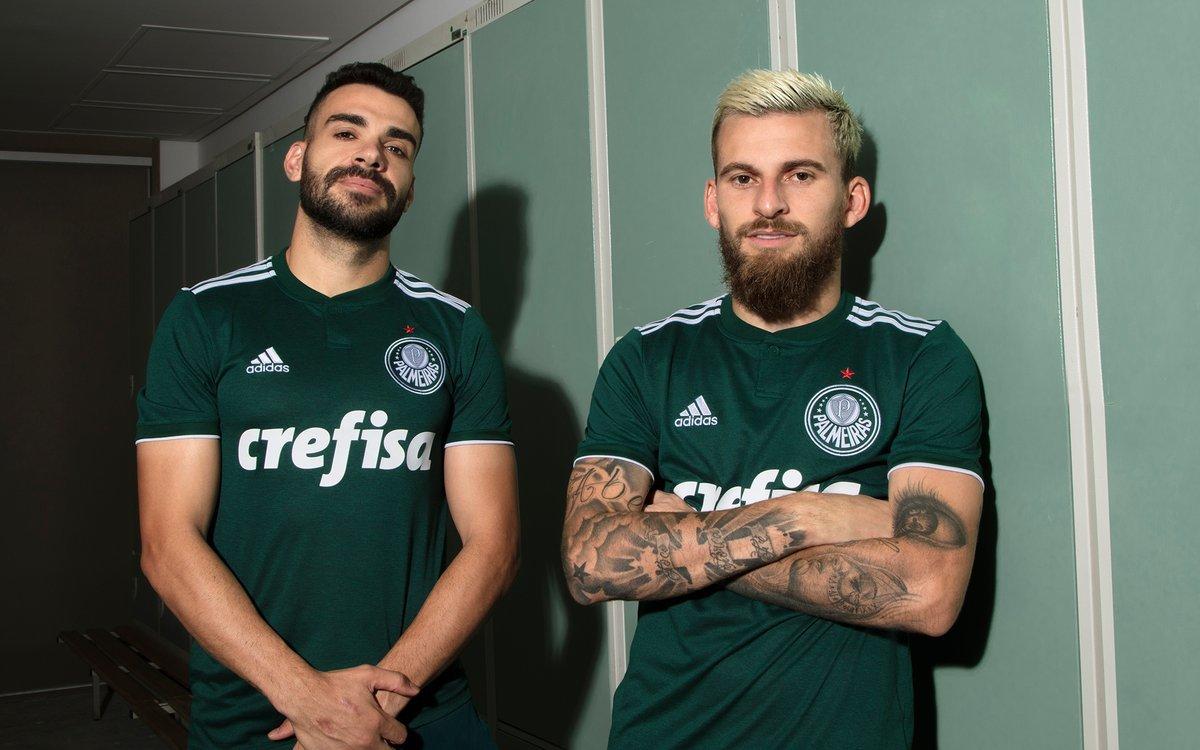 5808bf1d18 Votação em site espanhol põe camisa do Palmeiras entre as mais ...