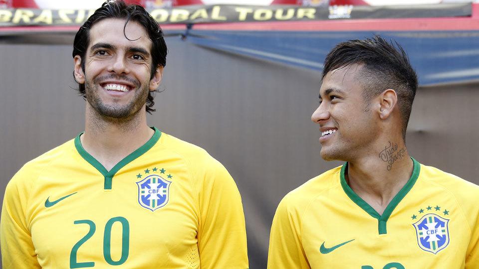 Neymar a Kaká: 'Amigo, espero que te passe'