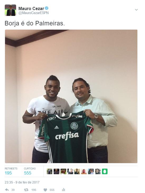 Tuíte das 23h35 de Brasília com a foto que confirmou a contratação 73dd2635c2ba1