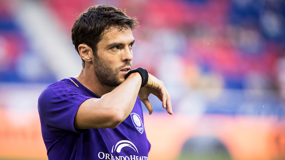 Após anunciar que não vai renovar com Orlando City, Kaká não quer encerrar a carreira ainda