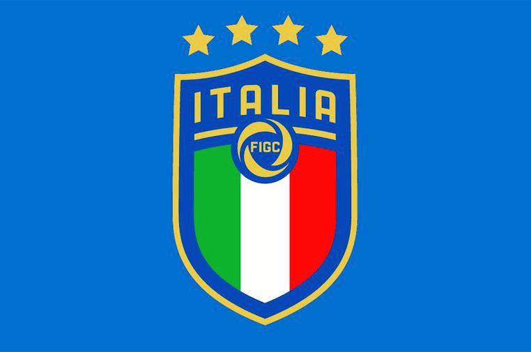 f055478b35 Seleção italiana apresentou seu novo escudo na última segunda-feira