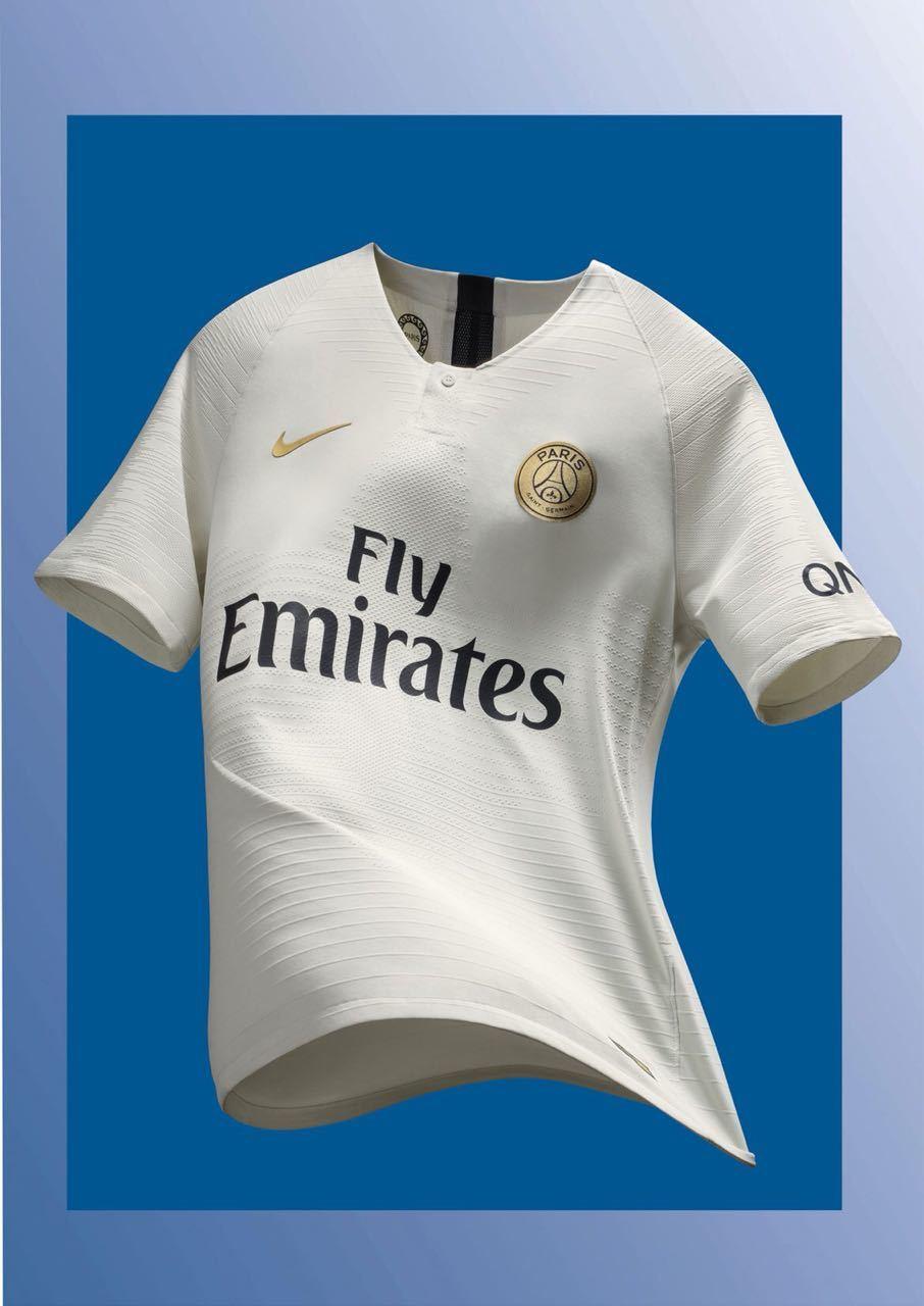 PSG lança nova camisa 2 fe3de2e98dd24