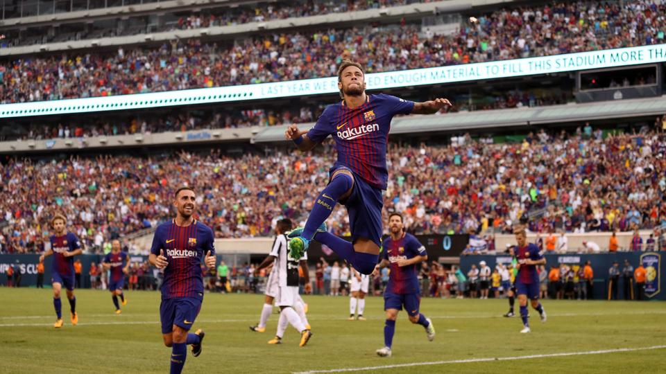 Neymar brilha, faz golaço e Barça vence Juventus