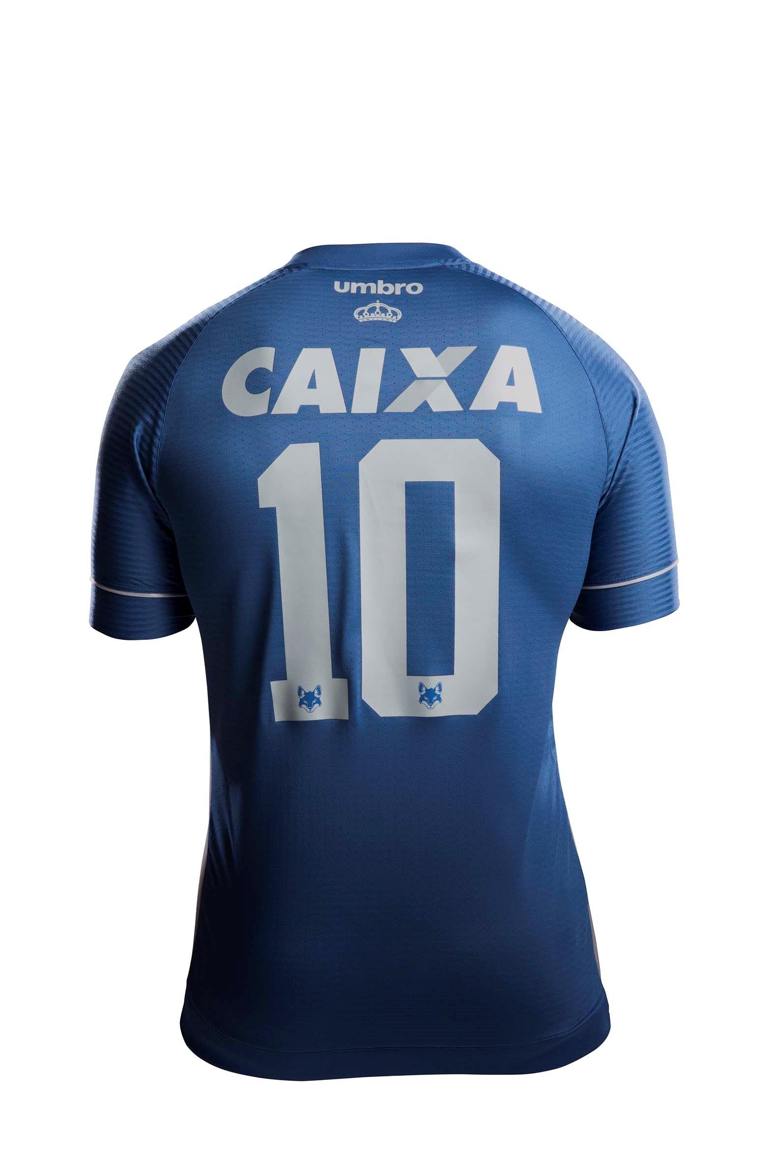 5825cd0966 Cruzeiro homenageia 20 anos do bi da Libertadores em nova camisa 3 ...