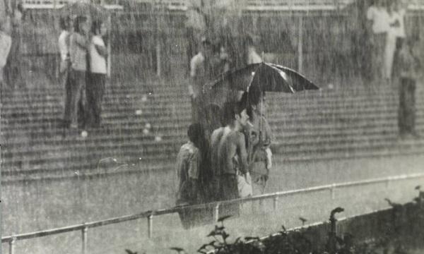 Geraldinos no Maracanã em noite chuvosa: setor existiu durante 55 anos