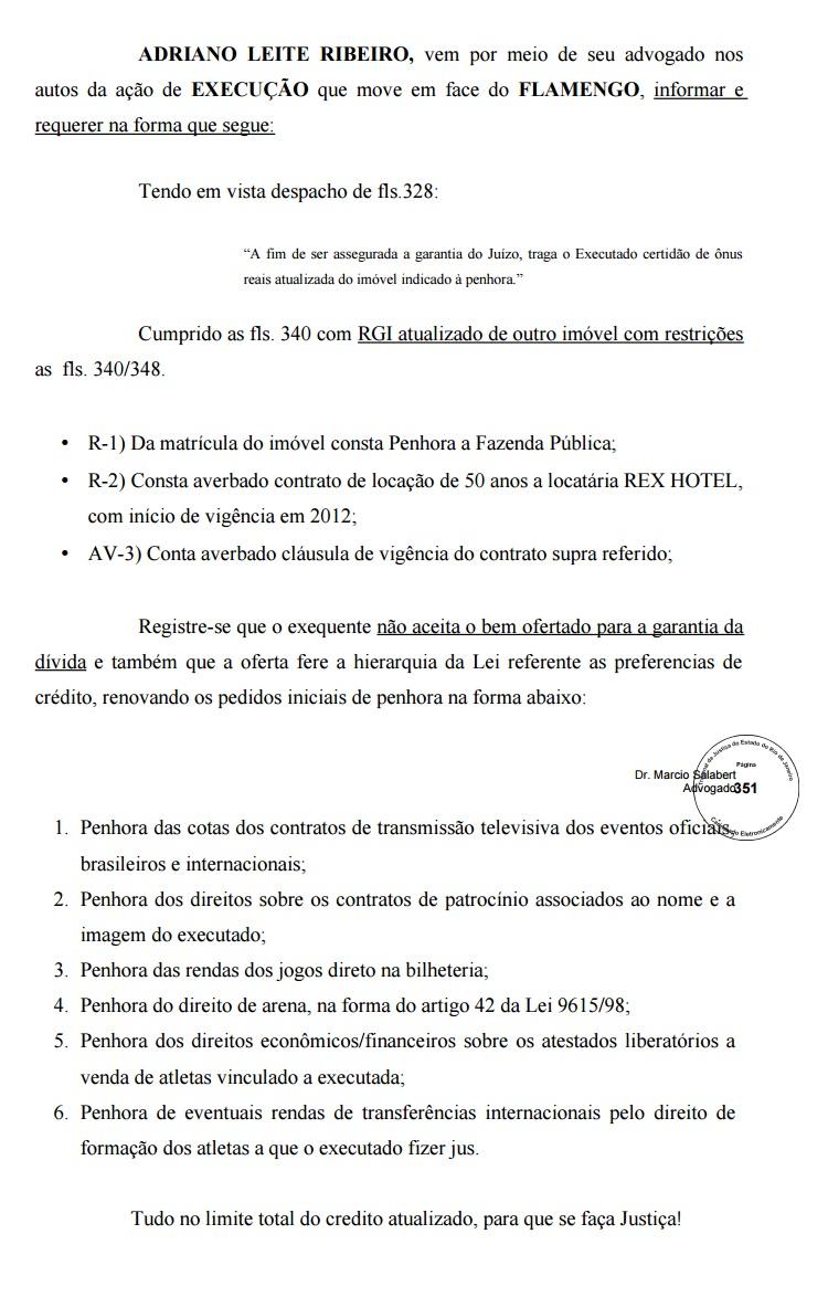 Adriano pediu à Justiça bloqueio das cotas de TV do Flamengo