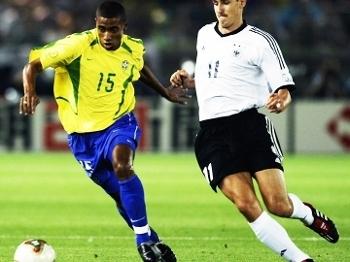 df46b9ae971ca Kleberson Brasil Klose Alemanha Final Copa do Mundo 2002 30/06/2002