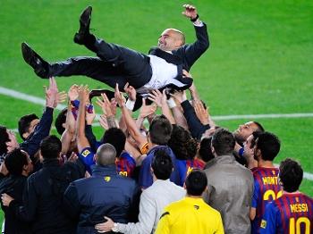 No currículo, Guardiola tem 'apenas' o Barcelona, considerado maior time do mundo na atualidade