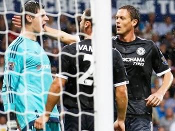 Courtois Comemora Penalti Defesa Chelsea West Bromwich 23/08/2015