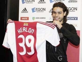 Kerlon Foquinha Apresentação Ajax Holanda