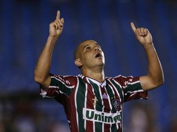 4789b14cd1 Ídolo do Flu  compra  final da Taça Guanabara e paga cota igual para ...