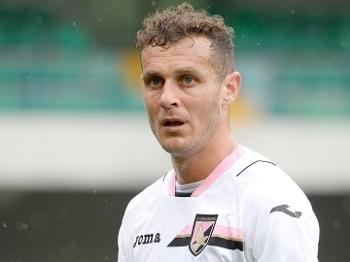 O veterano Alessandro Diamanti viu o Palermo ser rebaixado na temporada 2016/2017