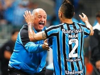 Para Luiz Felipe Scolari Felipao Comemoram Gol Gremio Vitoria Campeonato Brasileiro 01/11/2014
