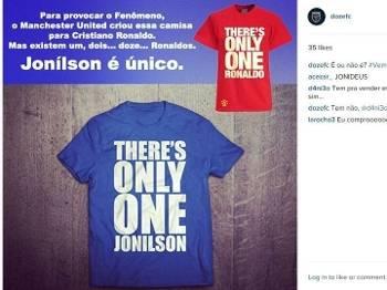 Camisa com frase de Jonílson é sucesso no Instagram.