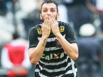 Edu Dracena Comemora Gol Corinthians Sao Paulo Campeonato Brasileiro 22/11/2015