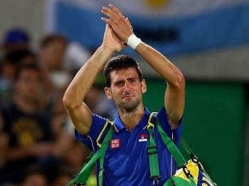 Novak Djokovic caiu no choro após eliminação no Rio