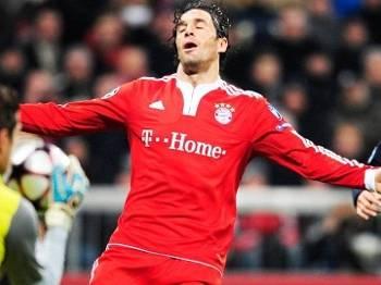 Luca Toni Lamenta Bayern de Munique Bordeaux Liga dos Campeões Champions 03/11/2009